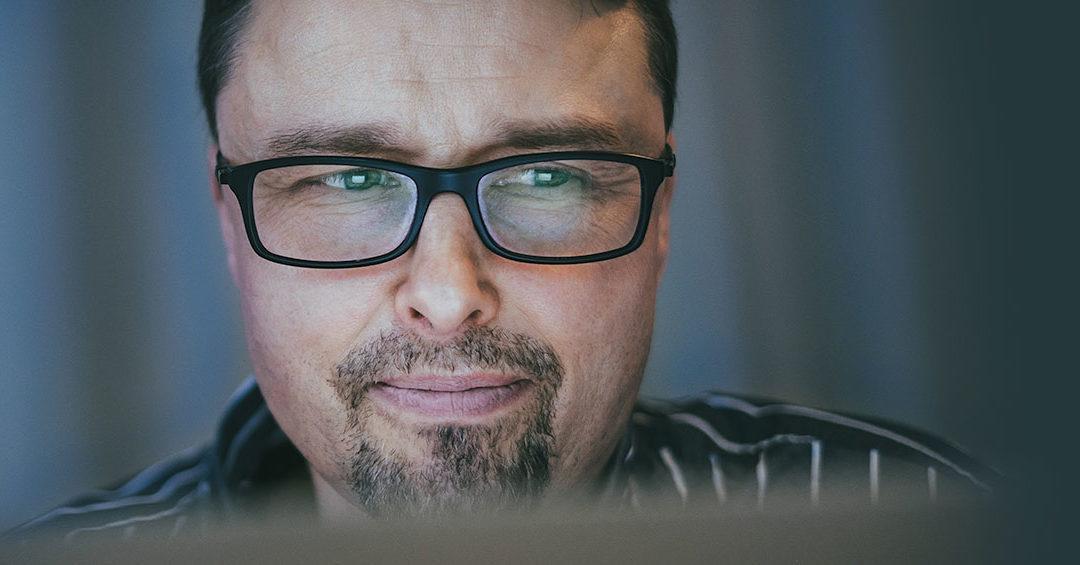 Mika Anttila tutki ohjelmistorobotiikan hyödyntämistä terveydenhoitoalalla